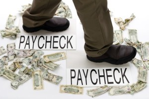 8 out of 10 Americans Live Paycheck to Paycheck